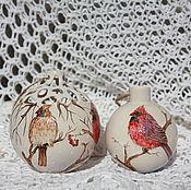 Подарки к праздникам ручной работы. Ярмарка Мастеров - ручная работа Елочный шар резной Зимние птицы. Handmade.