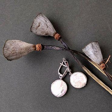 Украшения ручной работы. Ярмарка Мастеров - ручная работа Серьги: жемчужные монетки. Handmade.