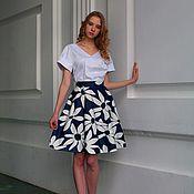 Одежда ручной работы. Ярмарка Мастеров - ручная работа Романтичная стильная юбка  с большим ромашковым принтом. Handmade.
