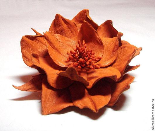 """Броши ручной работы. Ярмарка Мастеров - ручная работа. Купить Цветы из кожи. Брошь из кожи. """"Цветок апельсина"""". Handmade. Оранжевый"""