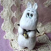 Куклы и игрушки handmade. Livemaster - original item Moomin-Troll photographer toy from wool. Handmade.