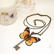 Украшения handmade. Livemaster - original item Transparent Pendant Key Orange Butterfly Vintage Key on a Chain. Handmade.