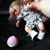 Куклы и игрушки ручной работы. Ярмарка Мастеров - ручная работа Маленькая футболистка 12 см. Handmade.