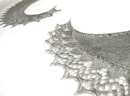 """Шали, палантины ручной работы. Ярмарка Мастеров - ручная работа. Купить Шаль """"Само совершенство"""". Серая  шаль вязанная спицами.. Handmade."""