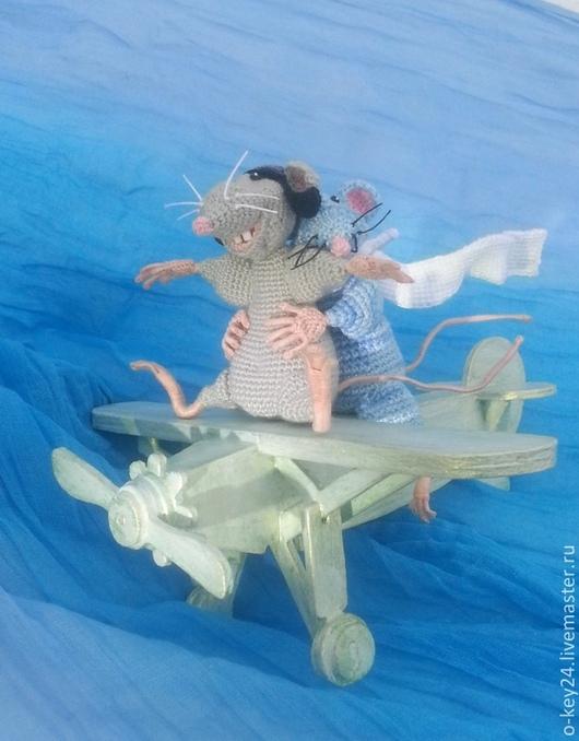 """Подарки на свадьбу ручной работы. Ярмарка Мастеров - ручная работа. Купить Игрушка """"Летучие мыши"""", подарок на свадьбу, коллекционные мыши, мышата. Handmade."""
