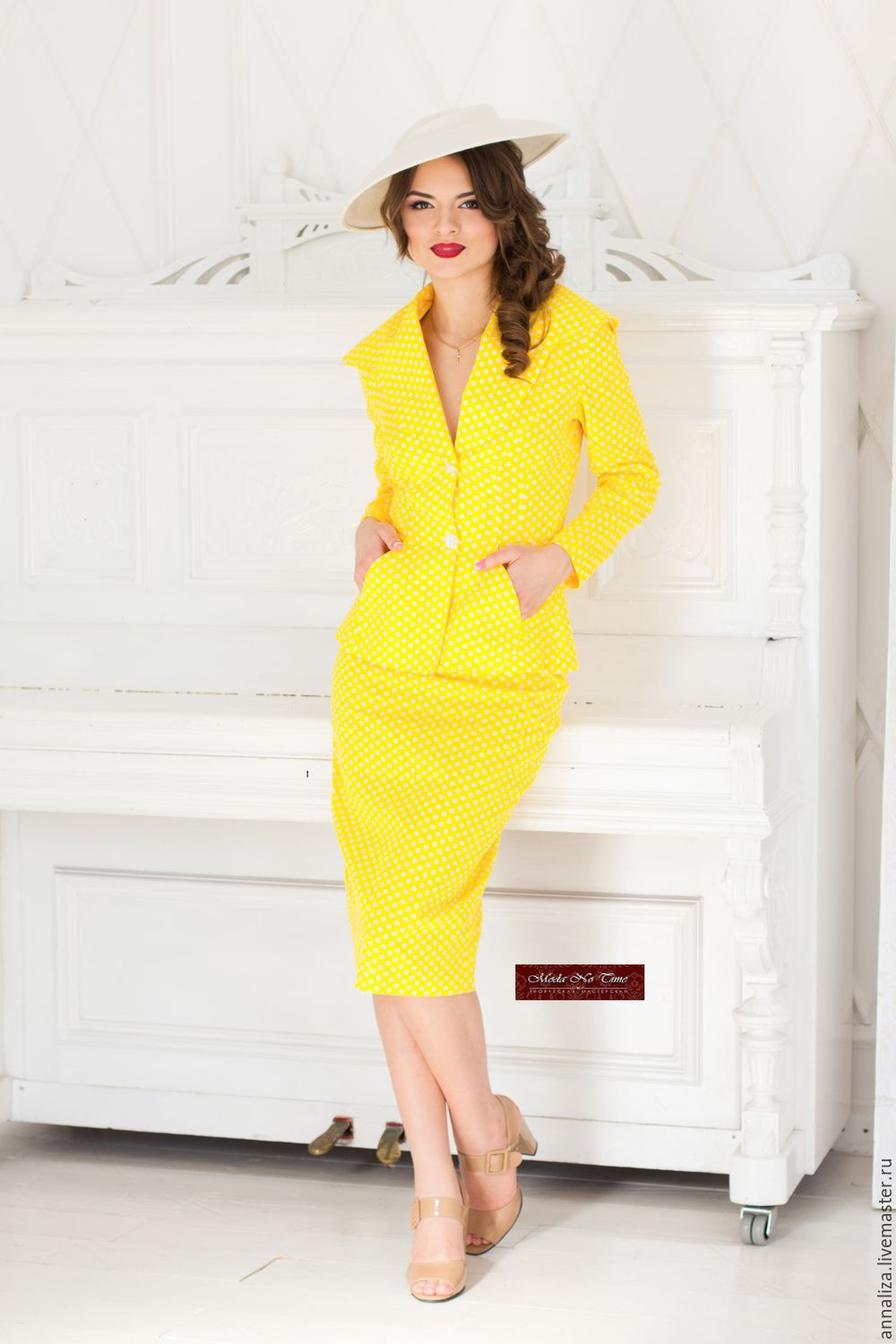 Women's business suit in a retro style 'Pea', Suits, Moscow,  Фото №1