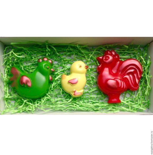 """Подарочные наборы косметики ручной работы. Ярмарка Мастеров - ручная работа. Купить Набор мыла """"Петушиная семья"""" - подарок на Новый год 2017, в год петуха. Handmade."""
