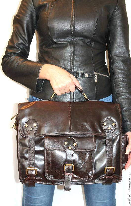 Мужские сумки ручной работы. Ярмарка Мастеров - ручная работа. Купить Мужская кожаная сумка в винтажном стиле. Handmade. Коричневый