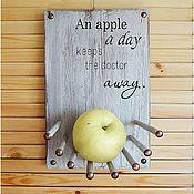 Картины и панно ручной работы. Ярмарка Мастеров - ручная работа Ты мечтаешь об Apple? Всё для тебя. Панно-полочка. Handmade.