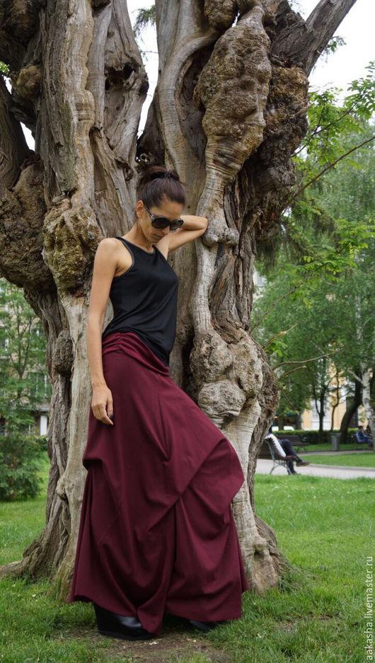 Юбка макси из льна. Стильная юбка для лета в цвете бургунди. Дизайнерская экстравагантная юбка в пол из льна.