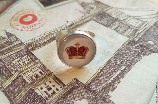 Серьги ручной работы. Ярмарка Мастеров - ручная работа. Купить Кольцо посеребренное безразмерное Корона. Handmade. Англия, стекло, королева