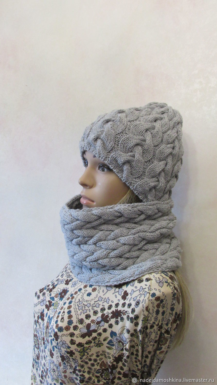 8cb23ce5b23 Hats handmade. Set beanie and Snood in light grey color. NADINA Fashion  corner.