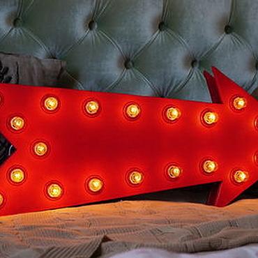 Для дома и интерьера ручной работы. Ярмарка Мастеров - ручная работа Красная стрелка с лампочками (светящаяся стрелка). Handmade.