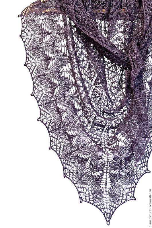 """Шали, палантины ручной работы. Ярмарка Мастеров - ручная работа. Купить Шаль ажурная """"Чёрный жемчуг"""". Handmade. Тёмно-фиолетовый"""