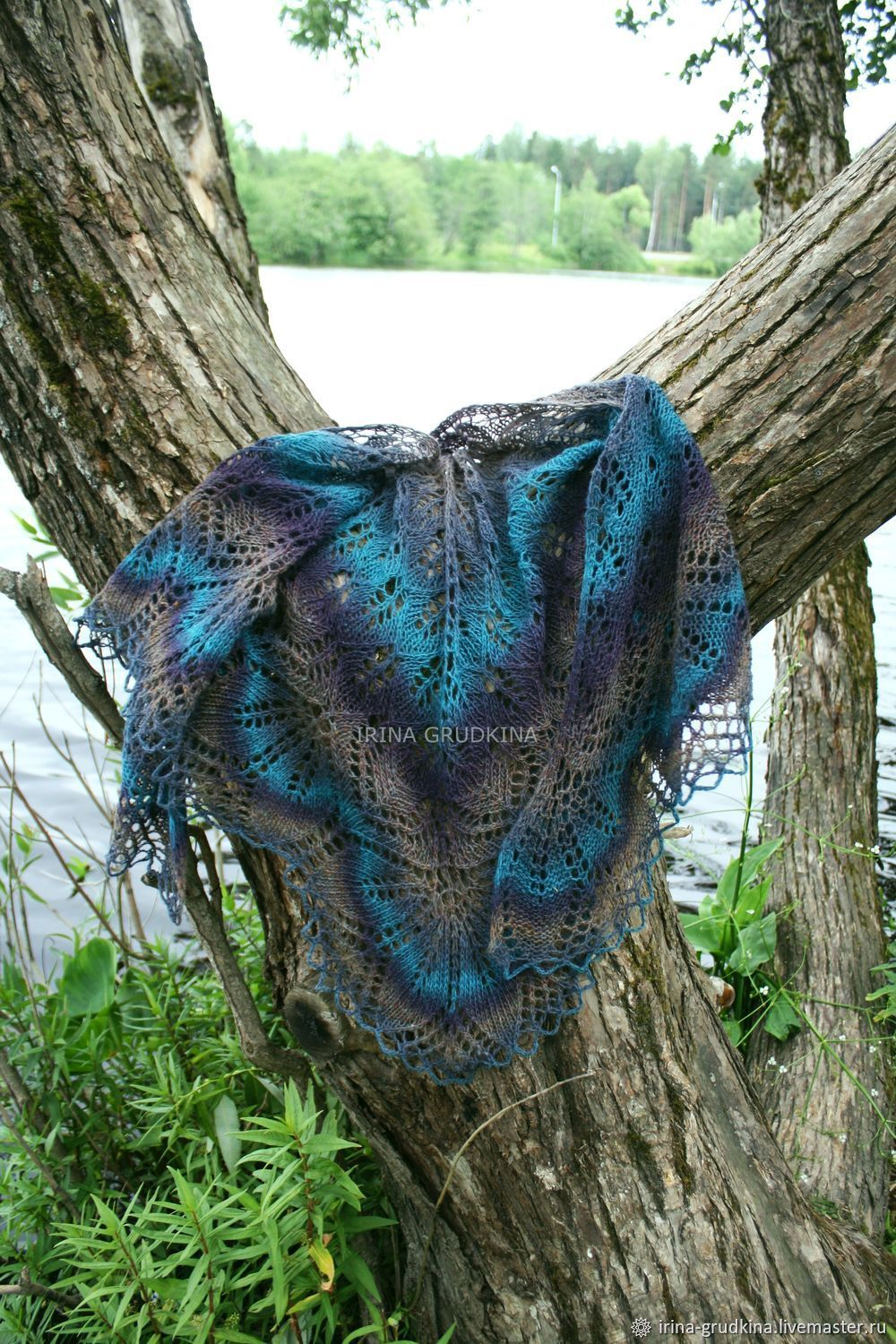 Pure wool shawl, the colour of the dragon's wing, Shawls, St. Petersburg,  Фото №1