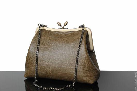 Женские сумки ручной работы. Ярмарка Мастеров - ручная работа. Купить Оливковая кожаная сумочка, сумка на ремешке, кожаная сумочка. Handmade.