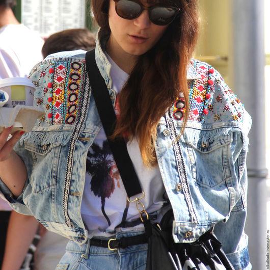 Верхняя одежда ручной работы. Ярмарка Мастеров - ручная работа. Купить Джинсовая Куртка Плечи Вышивка. Handmade. Голубой, джинс