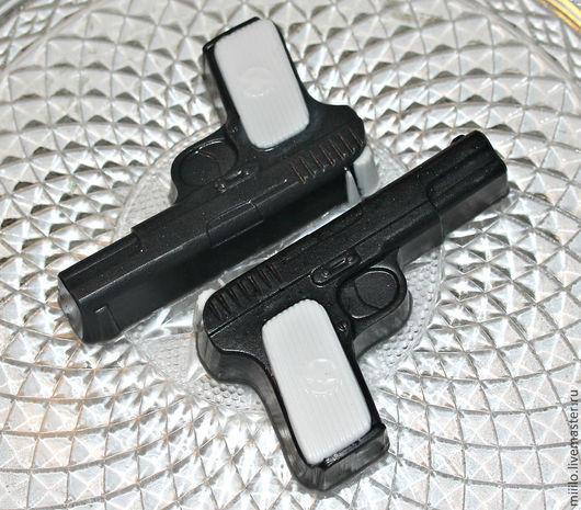 Мыло ручной работы. Ярмарка Мастеров - ручная работа. Купить мыло Пистолетик. Handmade. Чёрно-белый, мыло сувенирное