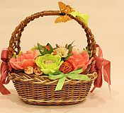 """Цветы и флористика ручной работы. Ярмарка Мастеров - ручная работа Букет из конфет """"Корзинка счастья!"""". Handmade."""