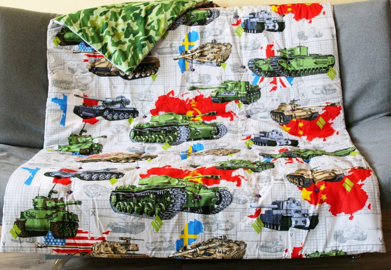 """Одеяло детское """"Танки"""" с декоративными пуговицами, Одеяла, Владивосток,  Фото №1"""