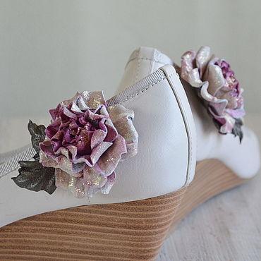 """Украшения ручной работы. Ярмарка Мастеров - ручная работа Клипсы для обуви Роза из кожи """"Аэлита"""". Handmade."""