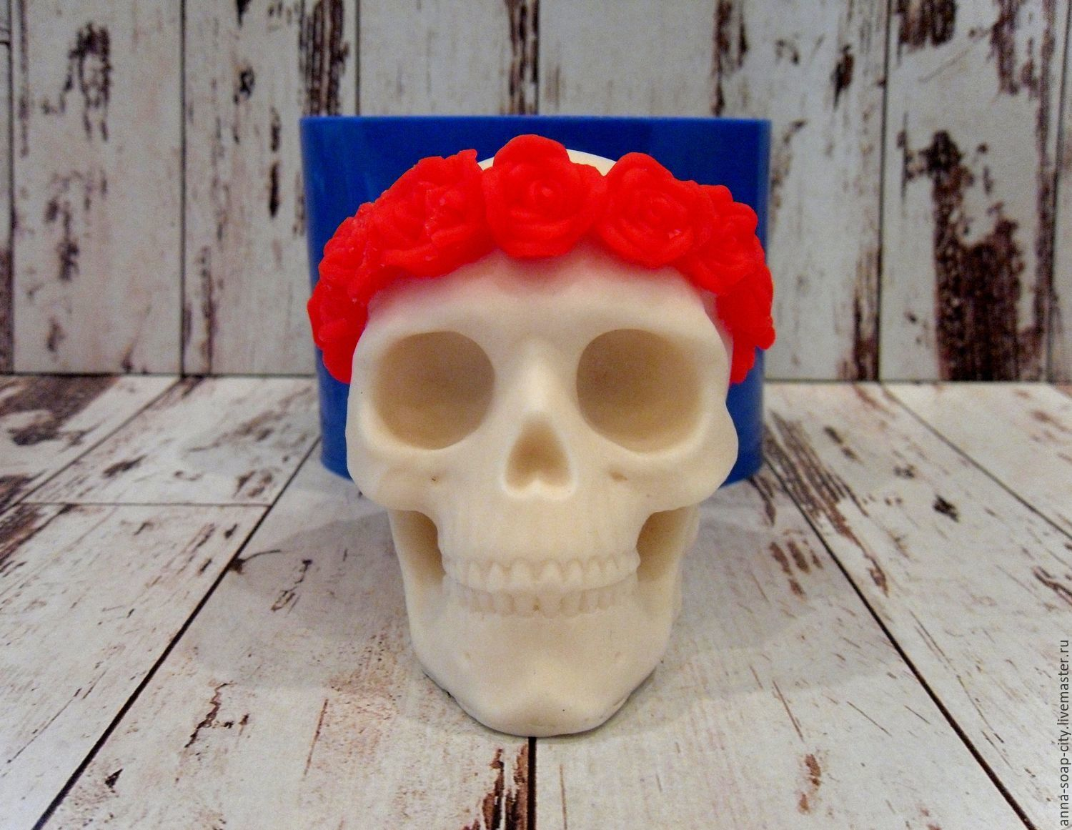 Silicone soap mold ' Skull in a wreath', Makeup tools, Arkhangelsk,  Фото №1