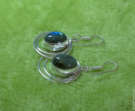Серебряные серьги с лабрадором (лабрадоритом)