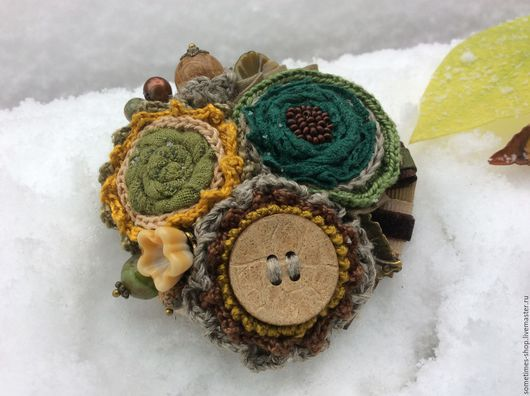 Брошь `В загадочной чаще`. Коллекция `Зимние сны`. Брошь ручной работы. Брошь текстильная. Брошь-цветок. Природные цвета. Ярмарка мастеров. Handmade. Sometimes.