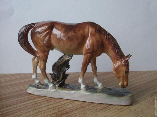 """Статуэтки ручной работы. Ярмарка Мастеров - ручная работа. Купить Статуэтка """"Пасущийся жеребец"""". Handmade. Комбинированный, пасущийся конь"""