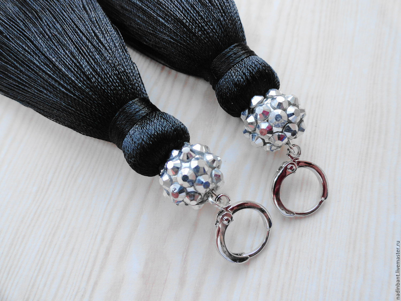 Серьги с кисточками из ниток своими руками