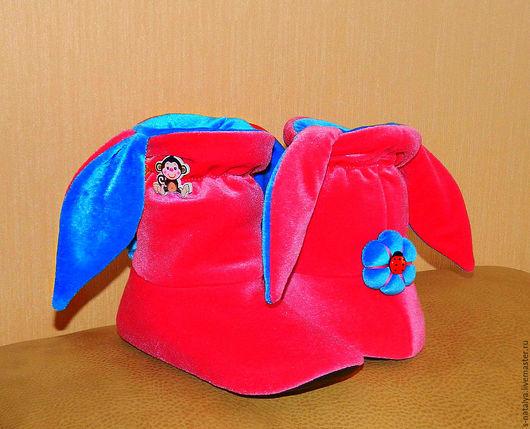Обувь ручной работы. Ярмарка Мастеров - ручная работа. Купить Тапочки зайчики из бархата. Handmade. Розовый, бархат, домашняя обувь
