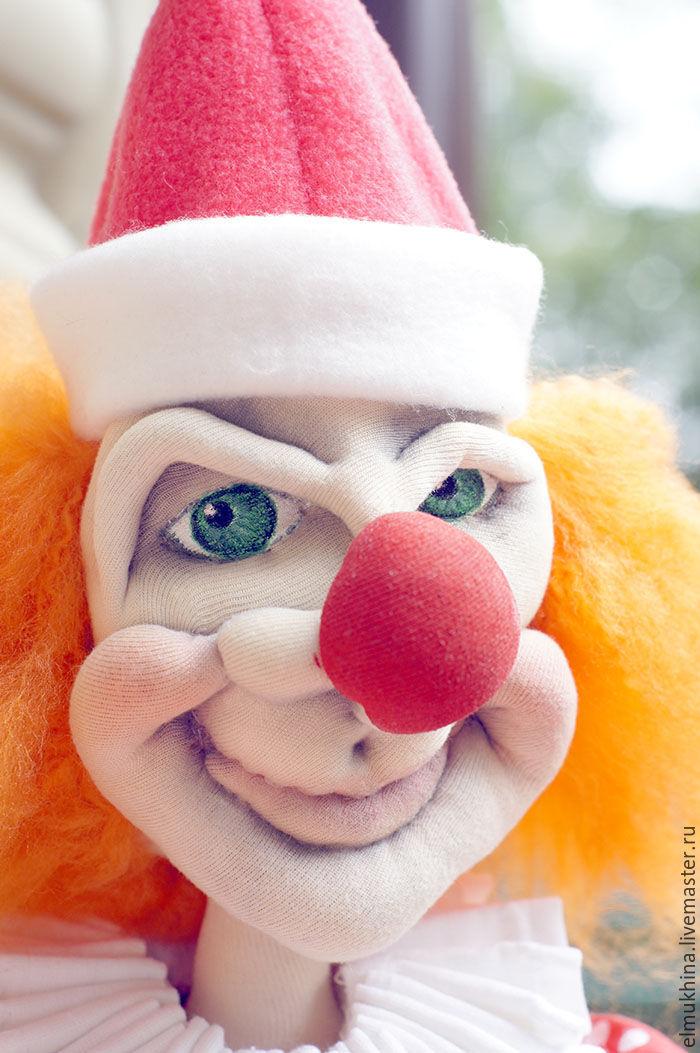 найти фото клоуна