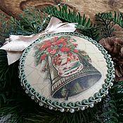 Для дома и интерьера ручной работы. Ярмарка Мастеров - ручная работа Медальон на елку ``В ожидании Рождества``. Handmade.
