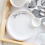 Посуда ручной работы. Ярмарка Мастеров - ручная работа Тарелка с соусницей Удача со мной с каллиграфией. Handmade.