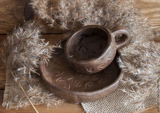 """Сервизы, чайные пары ручной работы. Ярмарка Мастеров - ручная работа. Купить Чашка и тарелка """"Птичьи следки"""".. Handmade. Коричневый"""