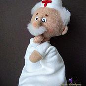 Кукольный театр ручной работы. Ярмарка Мастеров - ручная работа Перчаточная кукла Доктор. Handmade.