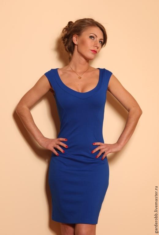 2b0fcf45a9a Коктейльное платье с глубоким декольте. Вероника Широкова. Ярмарка Мастеров.