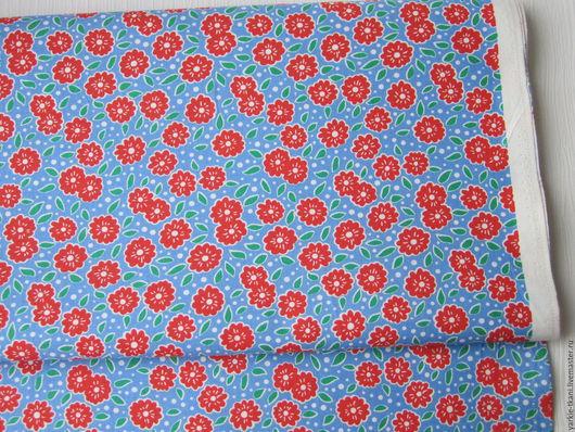 """Шитье ручной работы. Ярмарка Мастеров - ручная работа. Купить Хлопок 100% """"Красные цветочки на васильковом"""" (арт.3713) Корея. Handmade."""