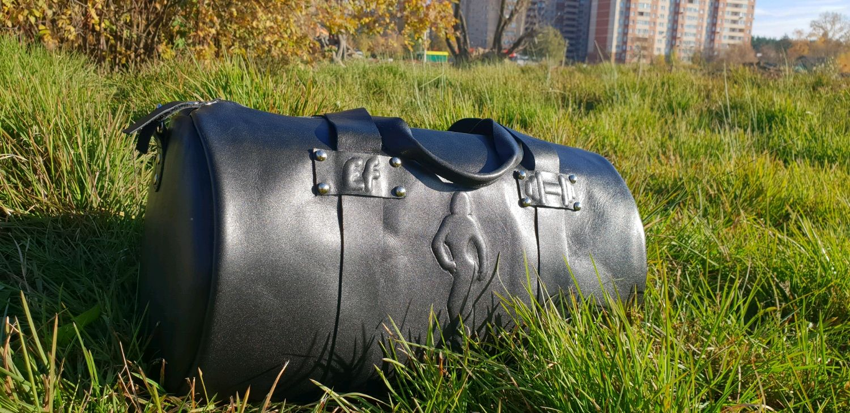 Женские сумки ручной работы. Ярмарка Мастеров - ручная работа. Купить Кожаная женская спортивная сумка. Handmade. Спортивная сумка