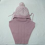Детская шапочка с манишкой розовая