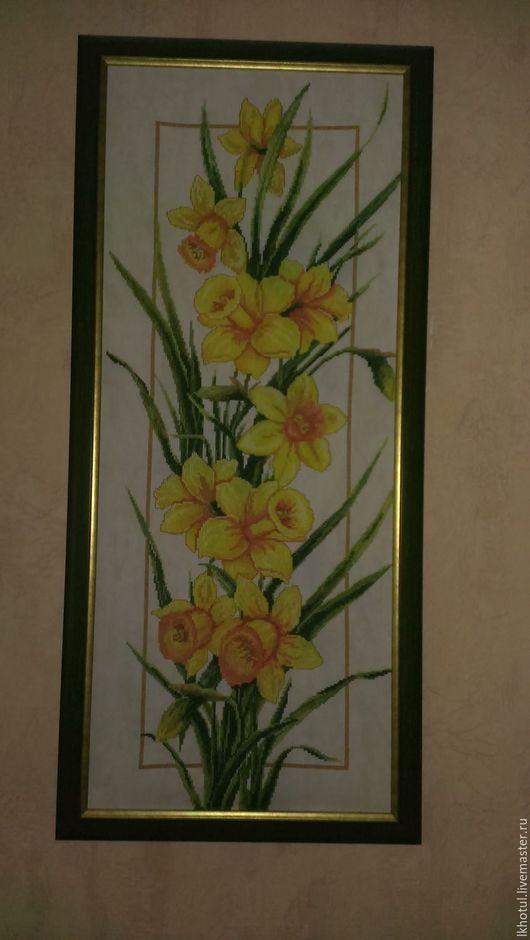 """Картины цветов ручной работы. Ярмарка Мастеров - ручная работа. Купить картина вышитая крестиком в раме без стекла""""Звёздный выход"""". Handmade."""