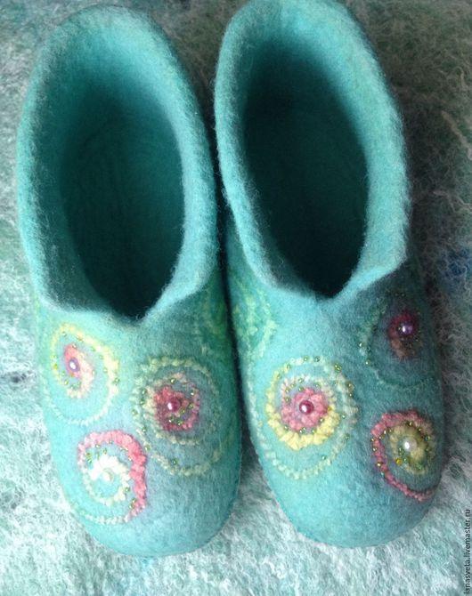 Обувь ручной работы. Ярмарка Мастеров - ручная работа. Купить Нежность. Handmade. Мятный, обувь для дома, валяние из шерсти, чуни