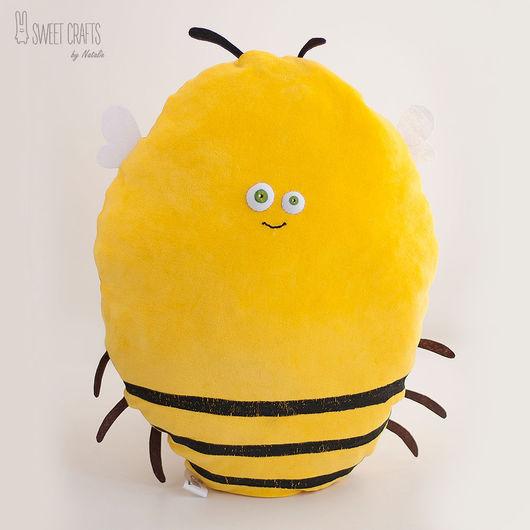 Текстиль, ковры ручной работы. Ярмарка Мастеров - ручная работа. Купить Велюровая подушка-игрушка Пчелка. Handmade. Желтый