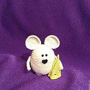 Куклы и игрушки ручной работы. Ярмарка Мастеров - ручная работа Мышка с сыром. Handmade.