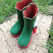 """Обувь ручной работы. Ярмарка Мастеров - ручная работа Валенки детские на подошве """"Ягодки"""". Handmade."""