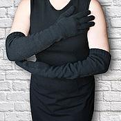 Аксессуары ручной работы. Ярмарка Мастеров - ручная работа Перчатки длинные вязаные черные Black Pearl. Handmade.