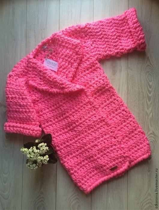 """Верхняя одежда ручной работы. Ярмарка Мастеров - ручная работа. Купить Вязаный кардиган / вязаное пальто """"Розовая пантера"""". Handmade."""