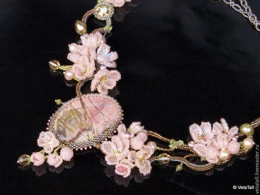 Колье, бусы ручной работы. Ярмарка Мастеров - ручная работа. Купить Колье Pink Spring. Handmade. Бледно-розовый
