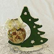 Подарки к праздникам ручной работы. Ярмарка Мастеров - ручная работа Елочка с шаром. Handmade.