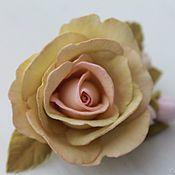 Украшения ручной работы. Ярмарка Мастеров - ручная работа Заколка с розой из фоамирана. Handmade.